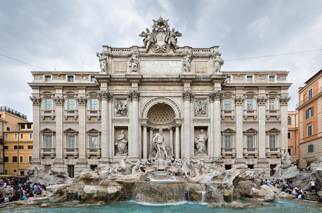 Trevi_Fountain,_Rome,_Italy_2_-_May_2007